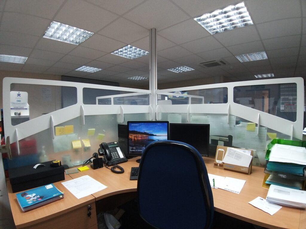 clear desk screens